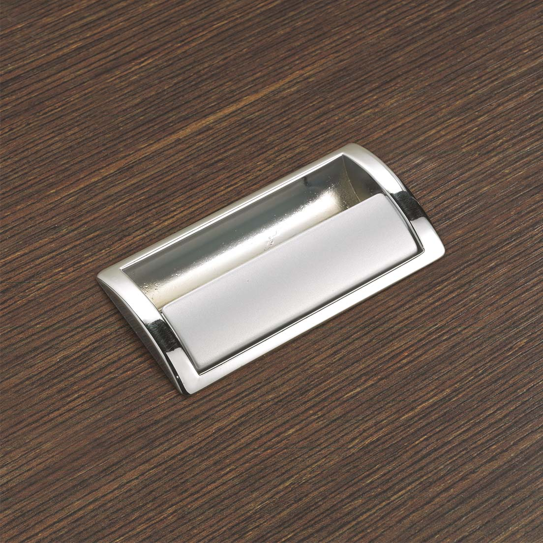 PULL OPEN FLUSH HANDLE V295 EXCLUSIVE